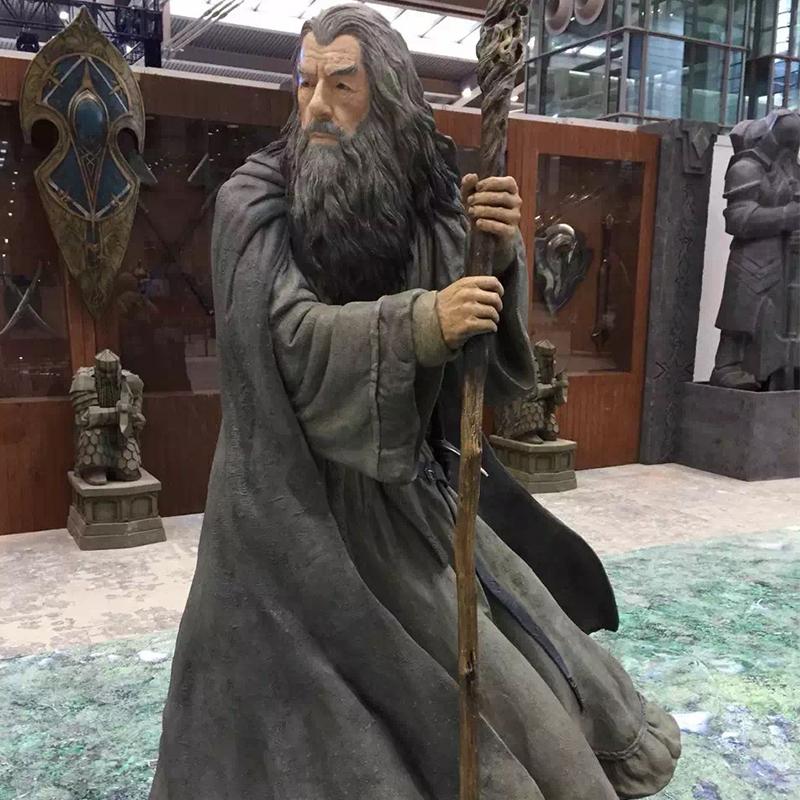 復古法師雕塑.jpg